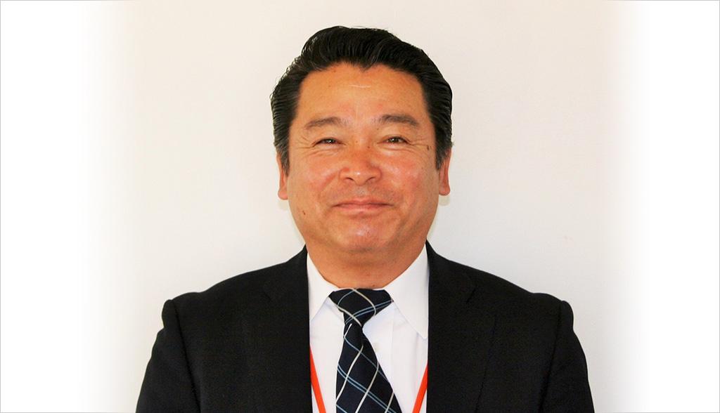 写真:笑顔のユニバーサルホーム出水店の芥川店長